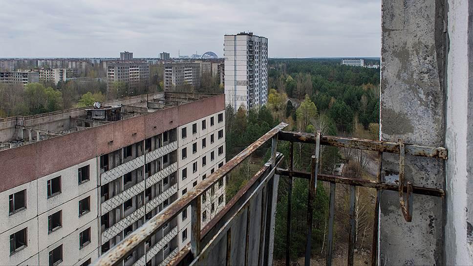 Припять не лишена статуса населенного пункта. Формально Припять считается городом областного значения, подчиненным Киевскому областному совету (поскольку собственного городского совета не имеет)