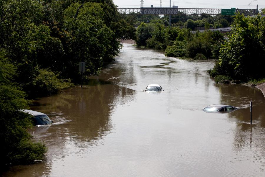 Последствия урагана в Мексико и Техасе