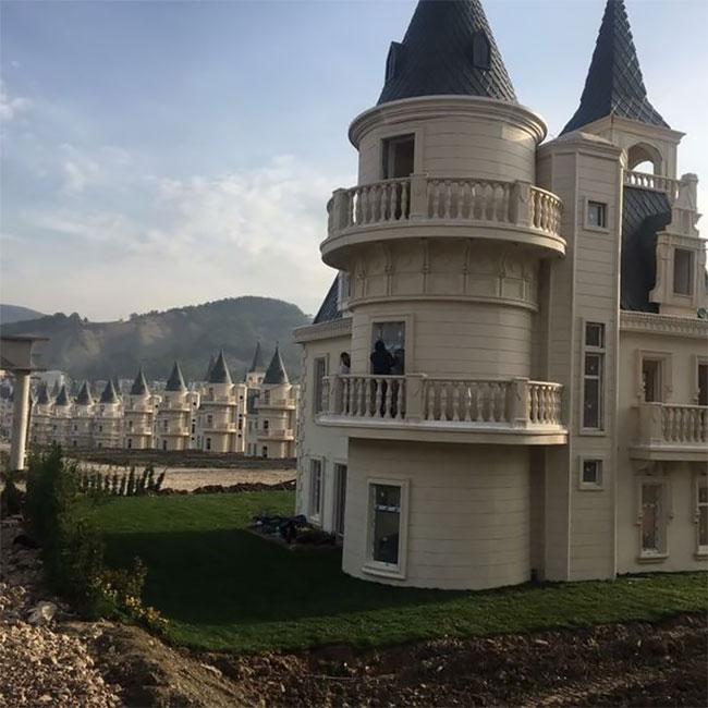 Добро пожаловать в роскошный город пустых замков Burj Al Babas