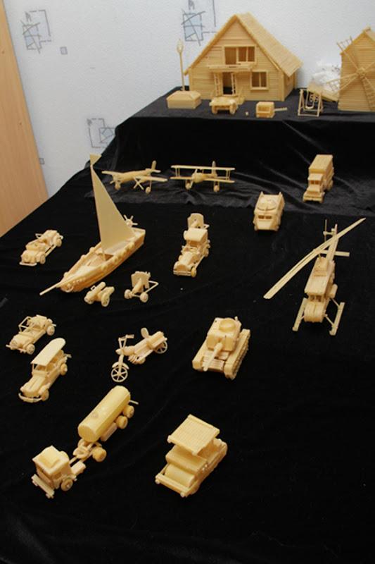 Сергей Пахомов создает невероятные произведения искусства из макаронных изделий
