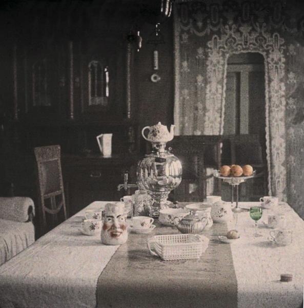 Чаепитие вслух: дореволюционные фотографии из России