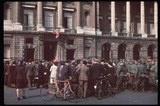 25 цветных фотографий падения Парижа в 1940 году