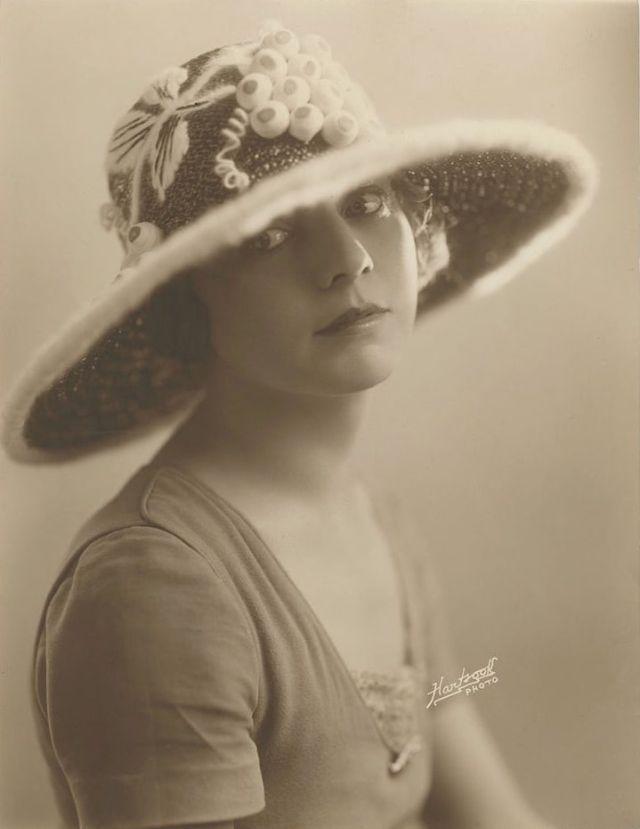 30 потрясающих фотографий Энн Форрест в 1920-е годы