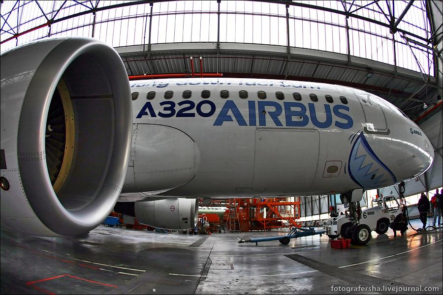 Airbus_а320_04