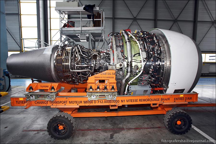 Airbus_а320_22
