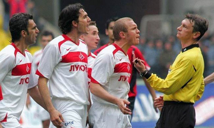 referee12