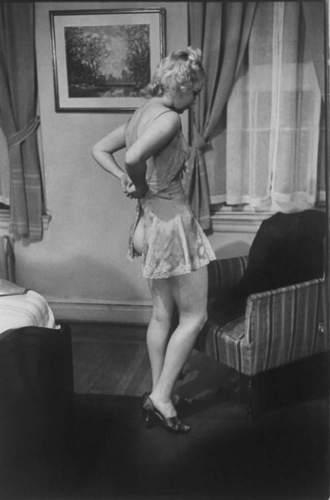 Как раздевались девушки в 1937 году