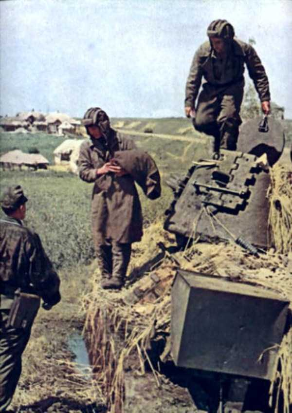 World_War_2_Color_15