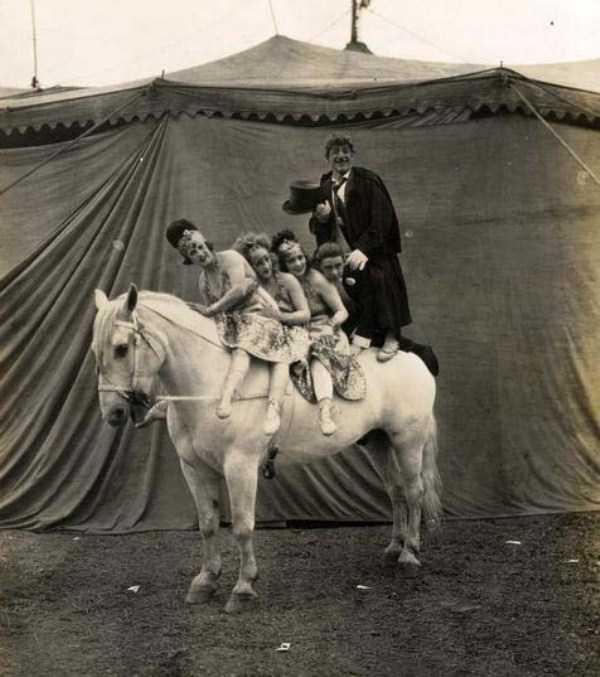 circus_32