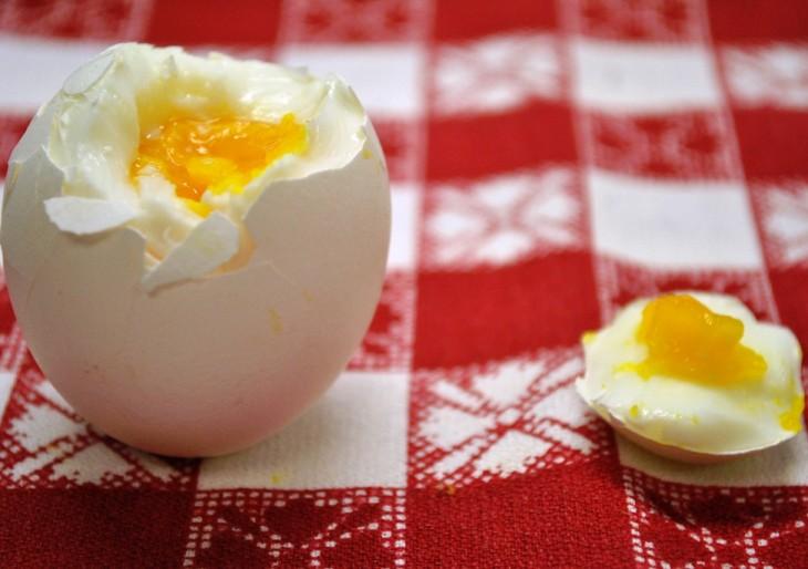 Твердые и мягкие вареные яйца
