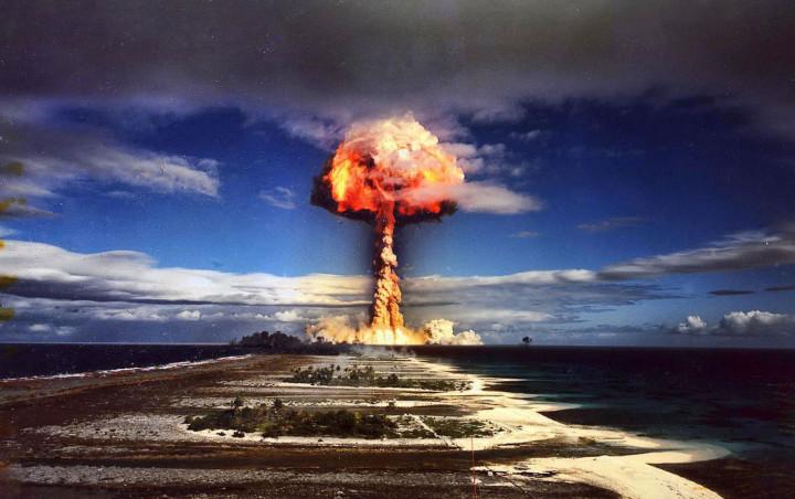 «Единорог» ядерное испытание - Французская Полинезия, 1970г.