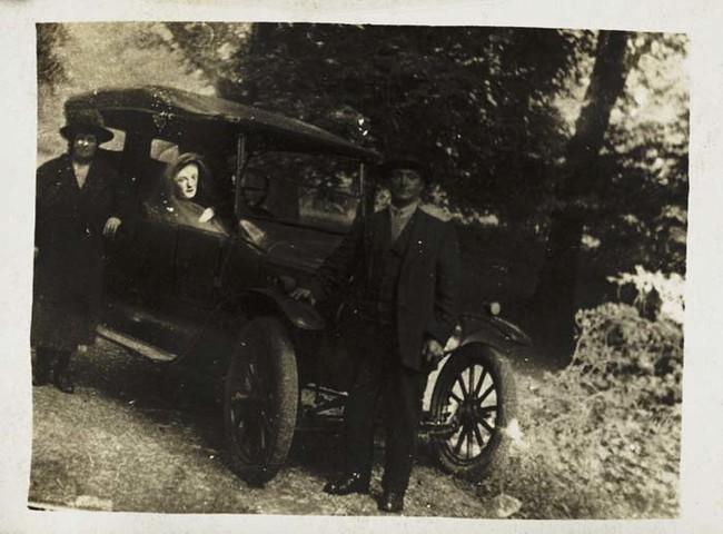 Находясь в Лондоне группа получила популярность в годы после Первой Мировой Войны.