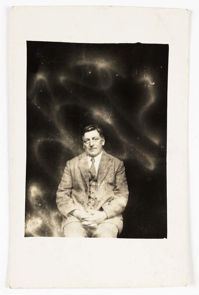 Они пришли к выводу, что группа Круг Кру оказались мошенниками. Обществом психических исследований утверждали что фотографирование духов, было  подделкой и фотографии создавали видимость духов.