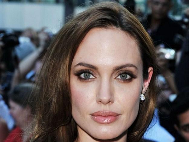 Angelina_Jolie_2