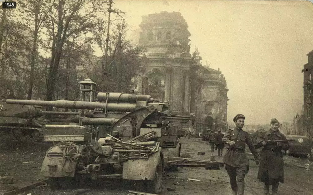 Berlin_1945_2015_10