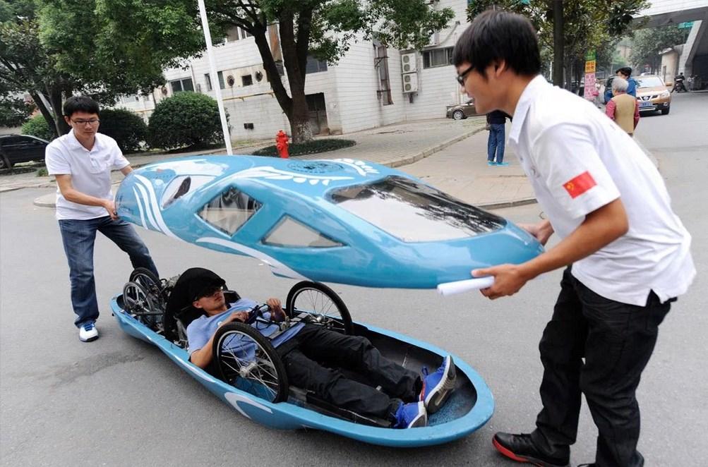 Необычное транспортное средство.