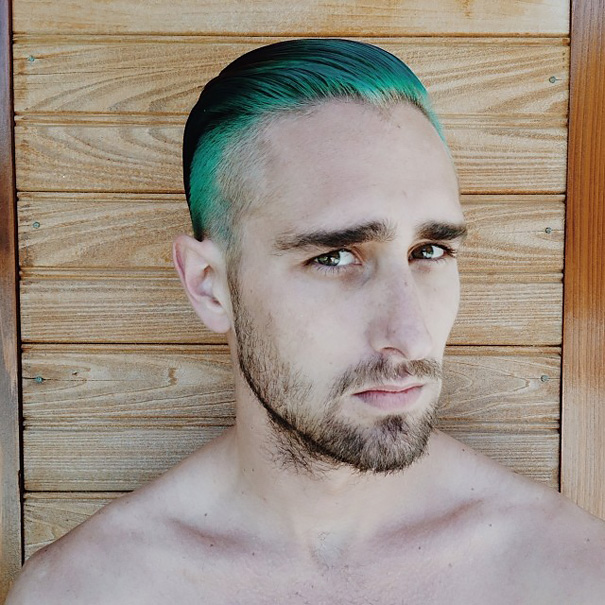 Разноцветные волосы у мужчин