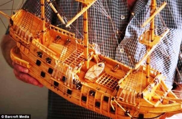 Корабль из спичек.
