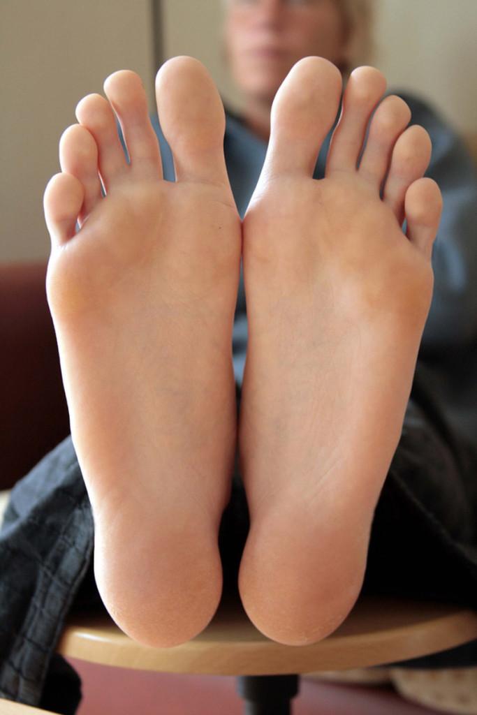 Большие ступни женские