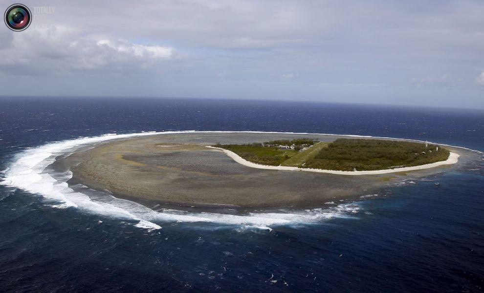 Вид с высоты птичьего полета на остров Леди-Эллиот, расположенный к северо-востоку от города Бандаберг в штате Квинсленд, Австралия.