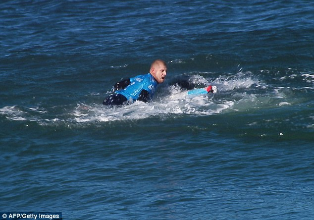 Mick_Fanning_Shark_5