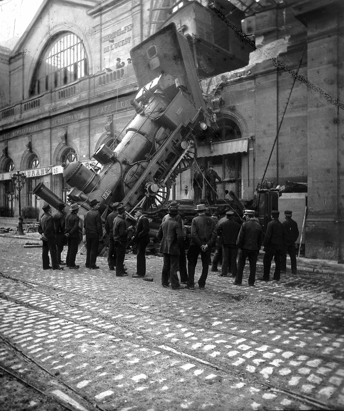 FRANCE - 1895:  Accident of the station Montparnasse. Paris, October 22, 1895. LL-21813.  (Photo by LL/Roger Viollet/Getty Images)