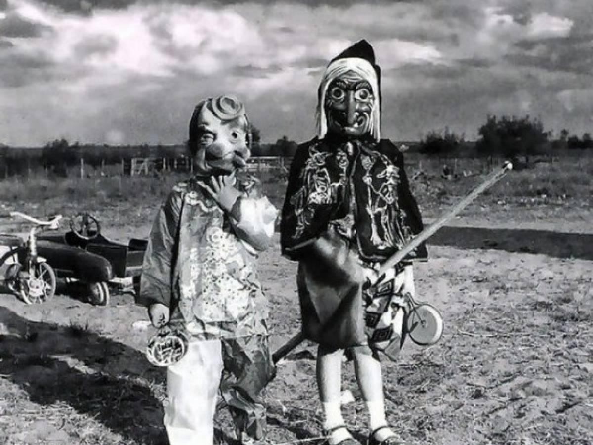 Маски для Хэллоуина, 1900 г.