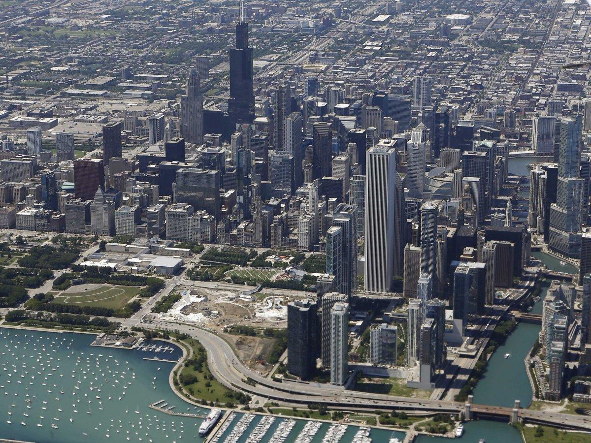 Чикаго рвется в десятку, поднявшись на три позиции прошлогоднего рейтинга.