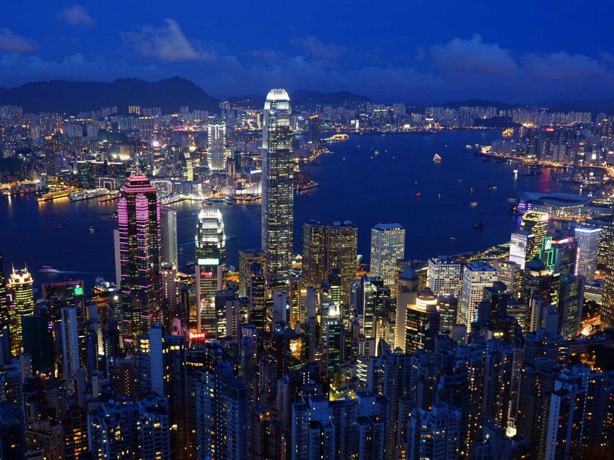 Гонконг занимает самое высокое место из любого Азиатский города.