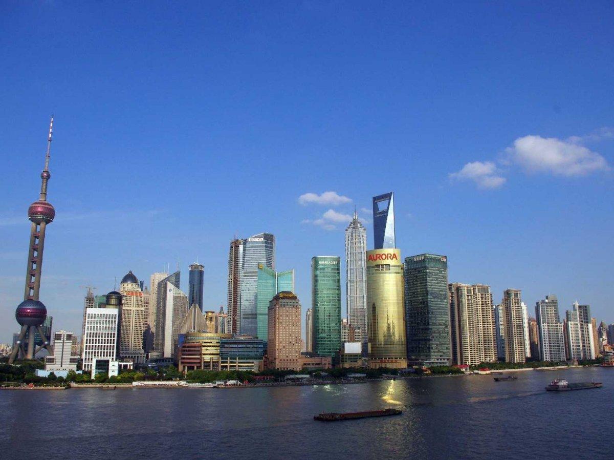 Шанхай находящийся в Китае является самым важным финансовым центром.
