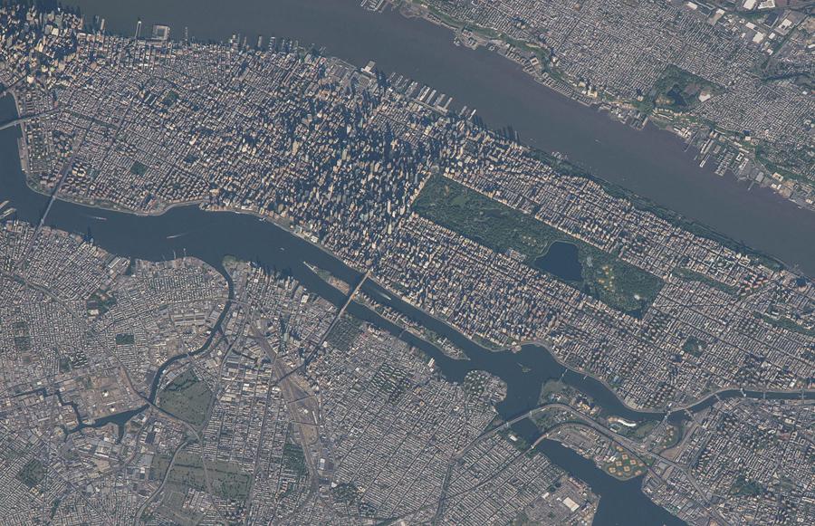 Нью-Йорк снимок с космоса