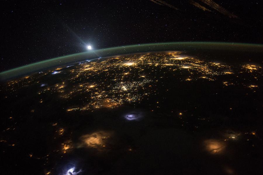 Земля снимок с МКС