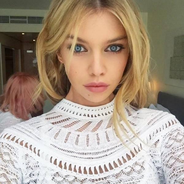 selfie_woman_24