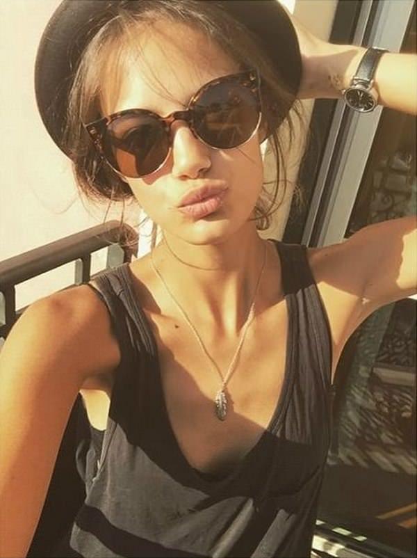 selfie_woman_5