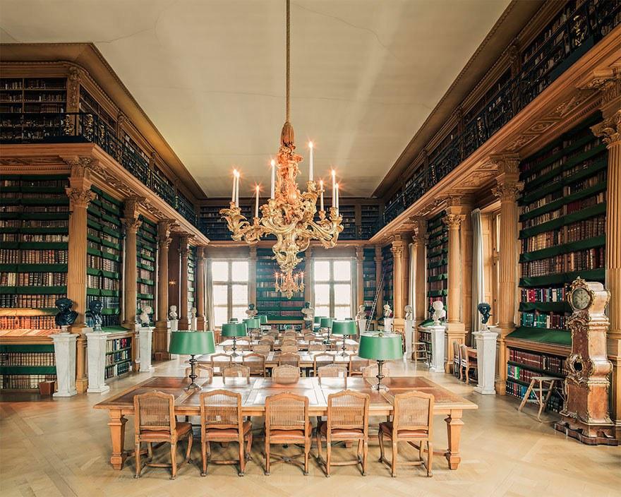 Библиотека эпохи барона Османа, Париж