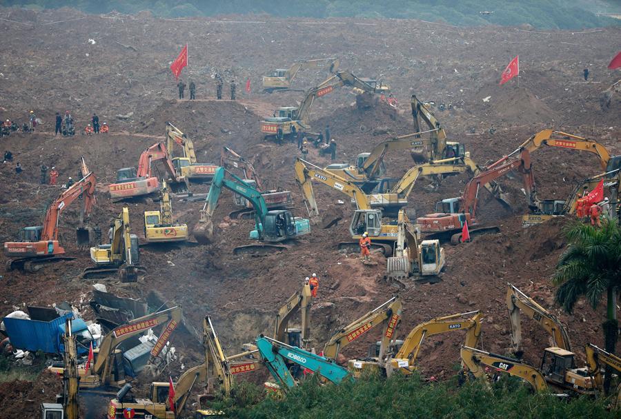Работы по поиску выживших в Шэньчжэнь, 21 декабря, 2015.