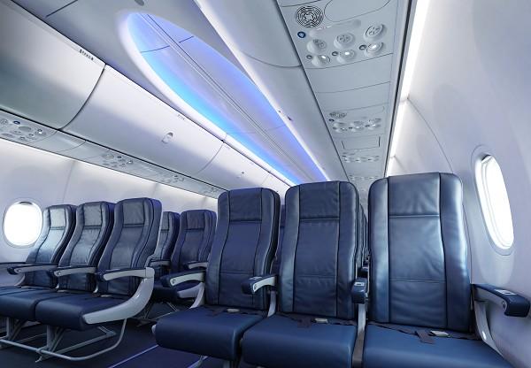 Boeing_737MAX_04