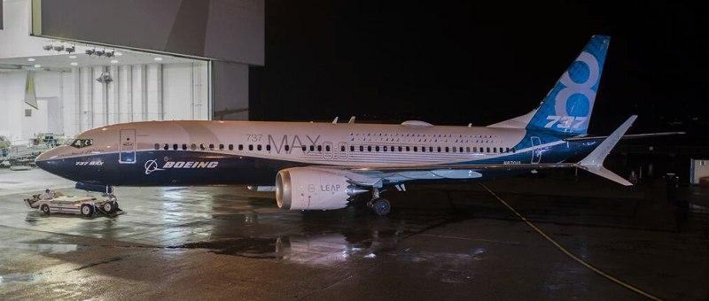 Boeing_737MAX_07