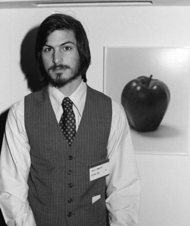 Стив Джобс – сооснователь и бывший генеральный директор компании Apple