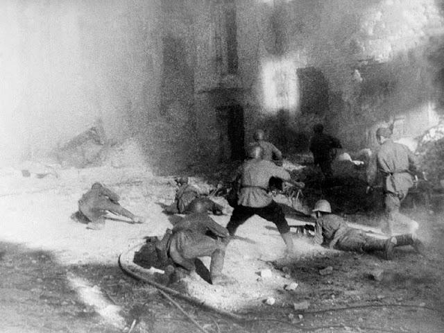 1942-1943_Stalingrad_002