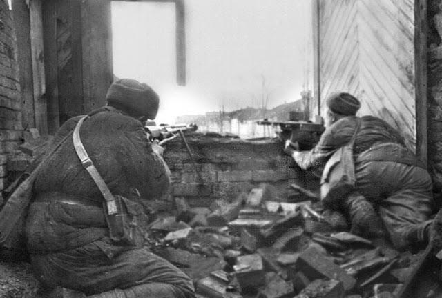 1942-1943_Stalingrad_005