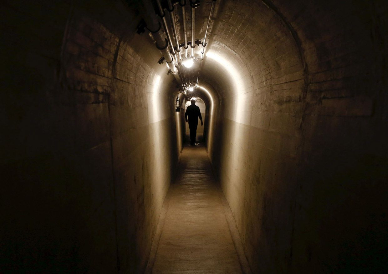 Тоннель в артиллерийский Форт в Фаулензее.