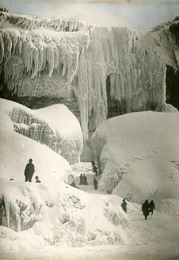 Niagara_Falls_1916