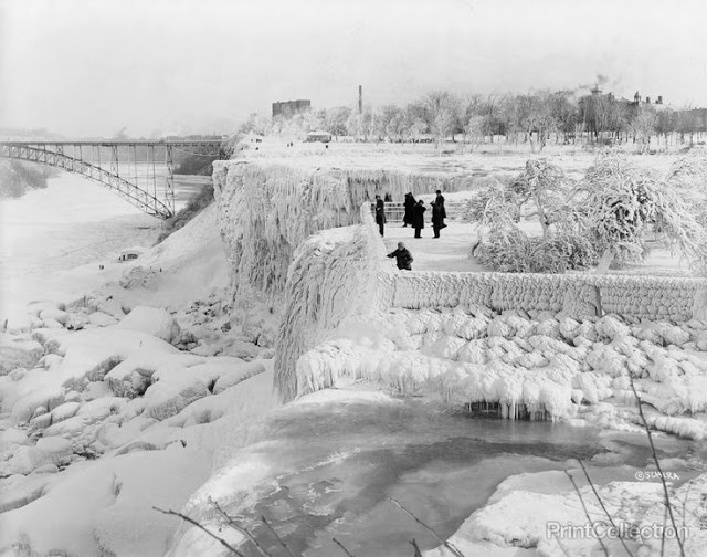 Niagara_Falls_1933