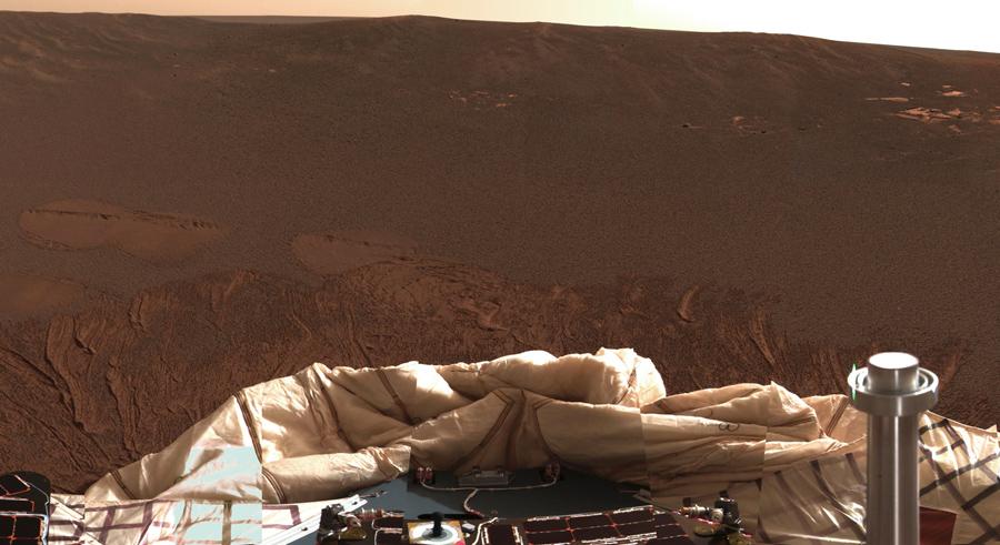 Внутренняя часть кратера вокруг Марса. Марсоход «Оппортьюнити» на Meridiani Planum, в оригинальном цвете можно увидеть изображения с панорамной камеры марсохода, 24 января 2004 г..