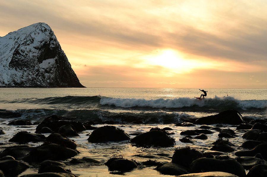 Серфинг на закате.