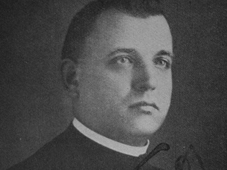 Йозеф Тисо был католическим священником.