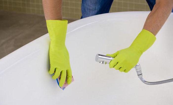 Средство для чистки ржавой ванны