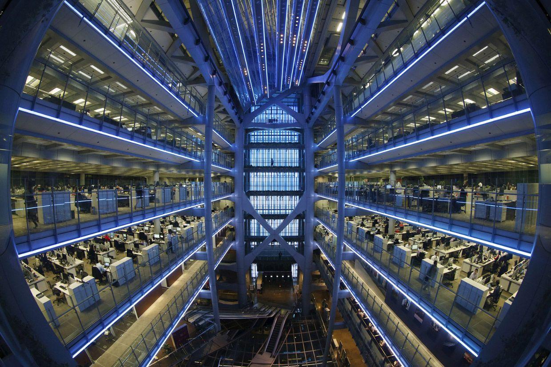 Здание офисов в Гонконге, точнее это офис банка HSBC – одного из крупнейших финансовых конгломератов в мире. Фото: Bobby Yip