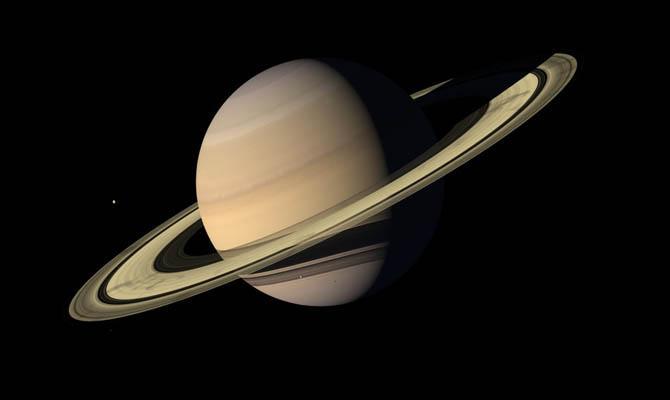 Вокруг Сатурна находятся 62 луны